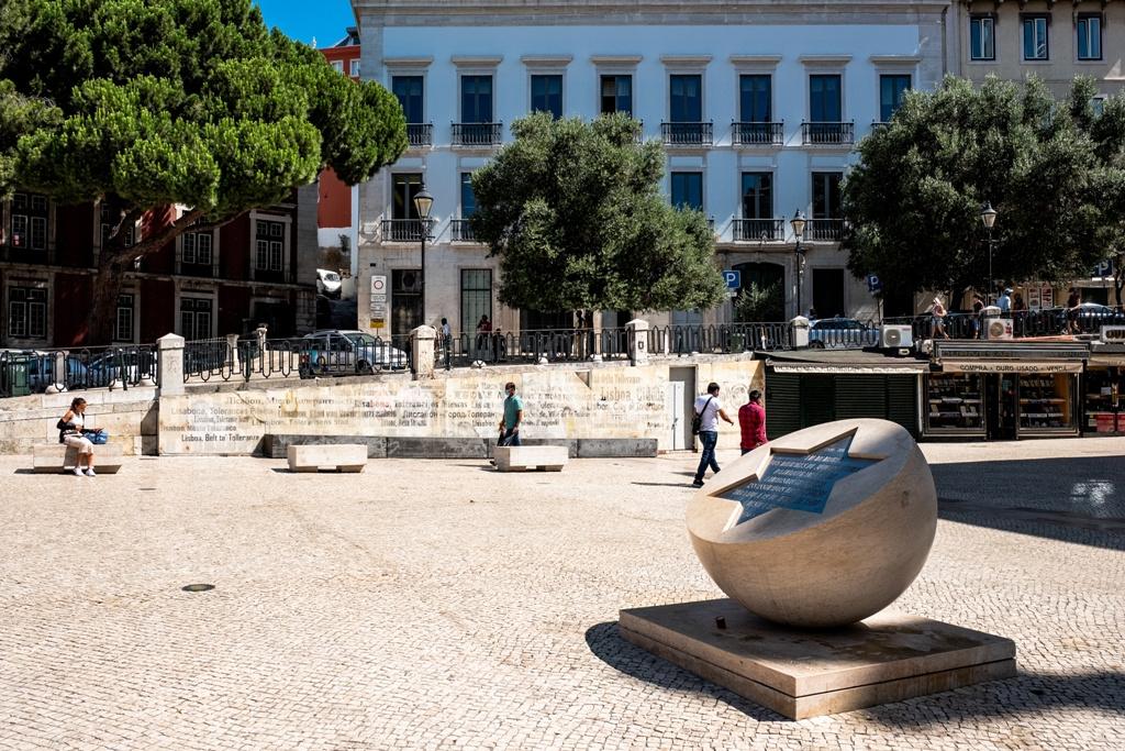 001 - Saint Dominic's Square