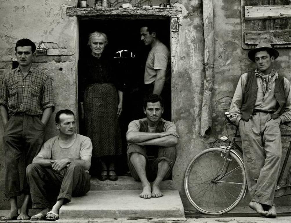 09 - Paul Strand - Un paese